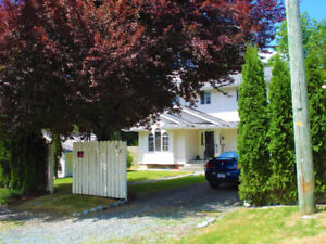 Fully furnished house in Lake cowichan, near Duncan