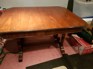 1936 Dinning Room Table with original chairs