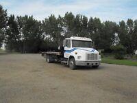 Freightliner Flat Deck FL60