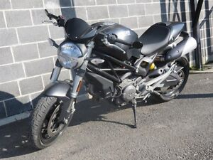 2009 Ducati Monster 696 - 44,27$/SEMAINE