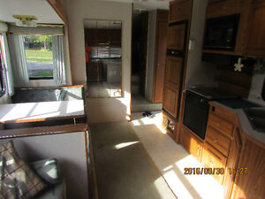 27' Golden Falcon 5th wheel, trade for boat Kawartha Lakes Peterborough Area image 10