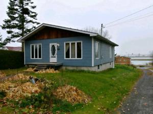 Maison à vendre à Contrecoeur, magnifique vue sur le St-Laurent!