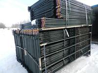 (large qty) 9'6″ Corral Panels, Gates, Farm Fence