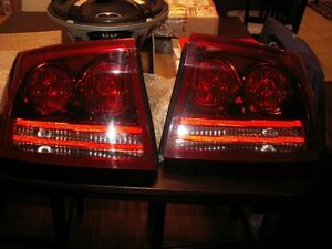 06-10 dodge charger tailights
