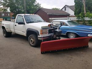 GMC 3500 Dually with Hinker Snow Plow! $8,500 cert