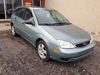 2005 Ford Focus ZX5 $4,495 CERTIFIED AND E-TESTED