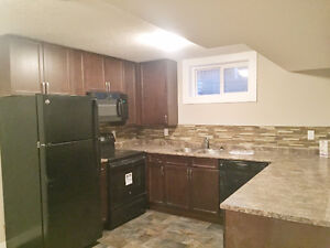 Renovated, Bright Malmo Southgate 2bdrm Suite! Incl Utilities!!