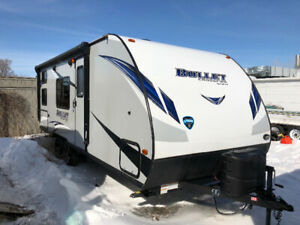 "SALE ""Like new 2018 bullet crossfire 2200BH asking $17,500"