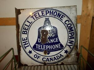 FLANGE BELL TELEPHONE