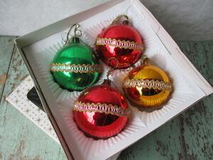 Plusieurs lots de boules de Noel anciennes vintage