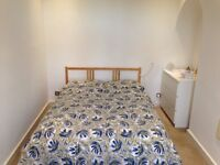 Double room to let, central location, bills inc