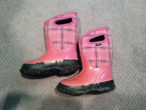 Bogs Girls Winter Boots Size 9