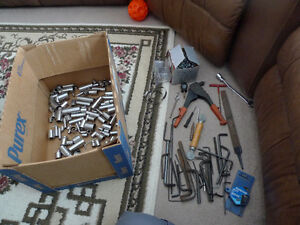 Variety of mechanic tools (115 Sockets, Rivet tool, Allen keys)