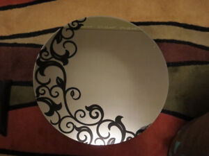 Designer mirror - round with design