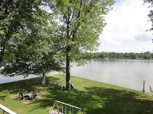 Waterfront Cottage-Panoramic Views-Large Yard-Fishing Paradise