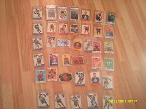 38 cartes de joueurs hockey de la LNH des années50-60-70 vintage