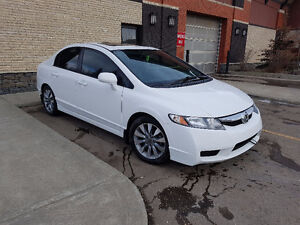 2010 Honda Civic EXL - Leather Interior - Reduced!