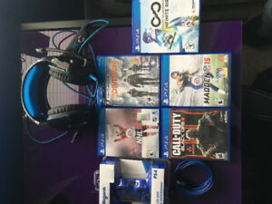 PS4 Games and headset/accessories