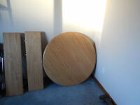Brand New Kitchen/Dining room Oak round Table   No Chairs