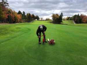 Golf Course Grounds Worker