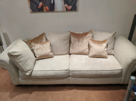 Large 3 piece suite couch