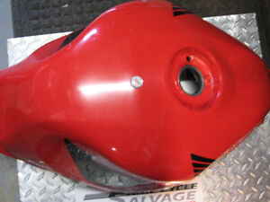 2001-2003 honda cbr-600 f4-i red gas tank London Ontario image 3