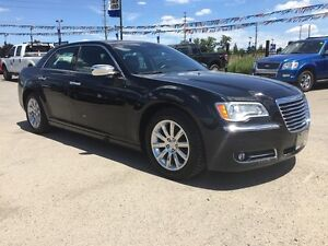 2012 CHRYSLER 300 LIMITED * LEATHER * SUNROOF * BLUETOOTH * REAR London Ontario image 8