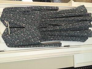 REBECCA TAYLOR designer brand v neck floral dress $400 + retail