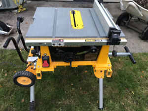 DEWALT Table saw 10""