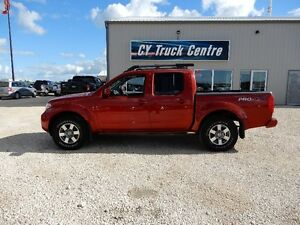 2012 Nissan Frontier Pro-4X Crew Cab Short Box Roof 4x4