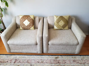 CUSHIONS,CHEST DRAW AND CHAIRS
