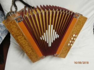 KOCH HOHNER ORIGINAL 8 bass button accordion 1970- 1980 Natural