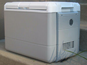 COLEMAN THERMOELECTRIC 40 QT. COOLER/WARMER 12V.