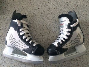 Youth size 10 Skates
