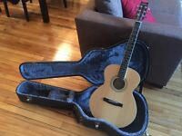 Washburn Classical Guitar w Case