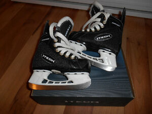 Youth size 8 (shoe size 9) Hockey Skates for sale St. John's Newfoundland image 1