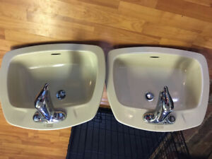 Bathroom sinks for sale