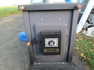 Newmac wood stove in excellent condition $450