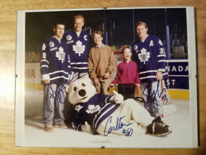 TORONTO MAPLE LEAFSAutographed picture -$35