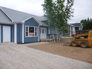 almost new home in quiet family oriented deer lake subdivision