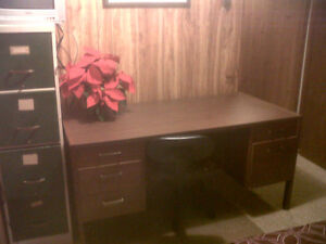 Basement Furnished Room for Rent all inclusive November 1st Peterborough Peterborough Area image 2