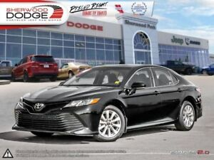 2018 Toyota Camry   HEATED SEATS | ADAPTIVE CRUISE | TOUCHSCREEN