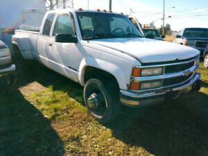 Chevrolet 1998 diesel 6.5L roues doubles 4X6 wheel lift bricoleu