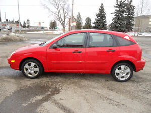 2007 Ford Focus ZX5 SES *FWD* HEATED FRONT SEATS* SUNROOF*