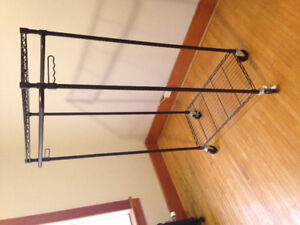 FOR SALE: Clothing rack