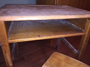Antique school desk with chair and ink well London Ontario image 4
