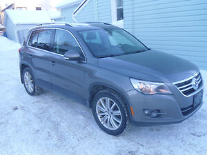 2009 Volkswagen Tiguan SUV, Fully Loaded. GREAT CONDITION!!