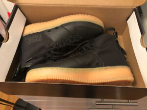 NIKE AIR FORCE 1 BRAND NEW size 7.5 men