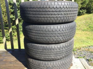 Four Firestone P195/65R15 Winter Tires Excellent Tread