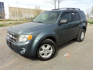 2010 Ford Escape XLT 4 CYL A GAS SAVER SUV SUV, Crossover